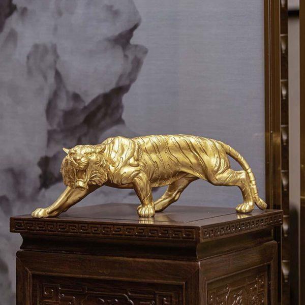 Statue Tigre Féroce Bête situation