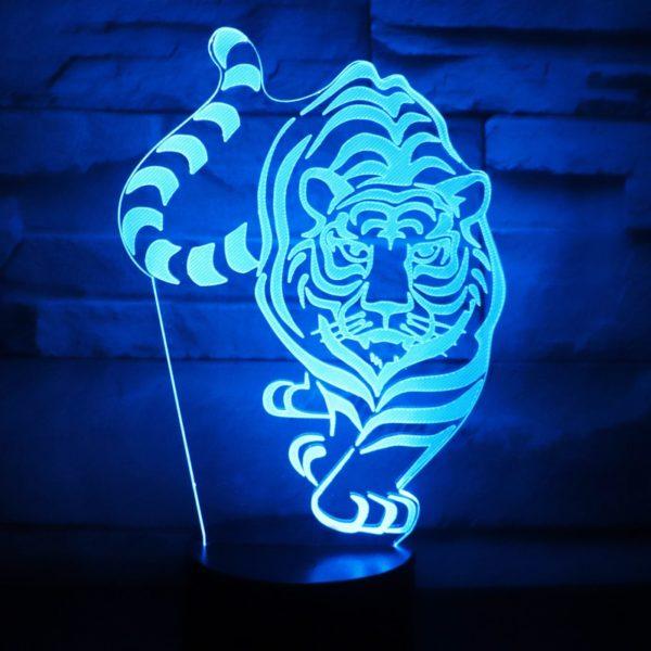 lampe tigre En chasse