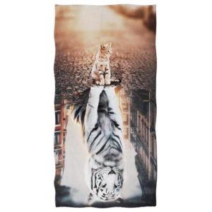 serviette tigre Un Fauve Caché