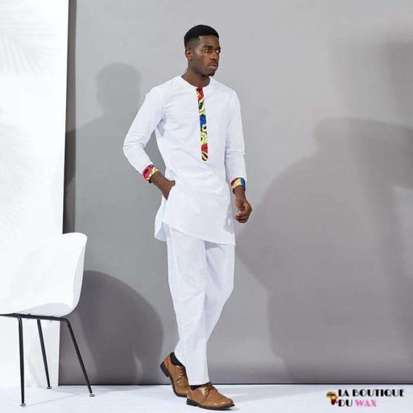 Magnifique ensemble de style Africain de couleur blanche -